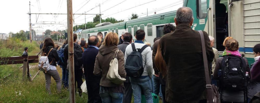Trenord, ex dirigente accusa I treni rallentano per non rompersi