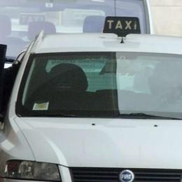 In taxi da San Giovanni al Politeama, per 400 metri 8 euro e mezzo