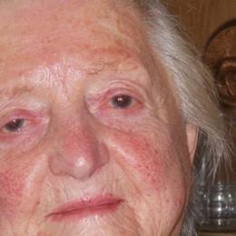La maestra compie 90 anni  Cavargna, tanti auguri a Rosa