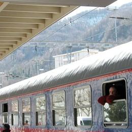 Ticino, interrotti   i collegamenti ferroviari