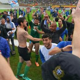 Serie B, i tifosi del Como hanno voglia di festeggiare