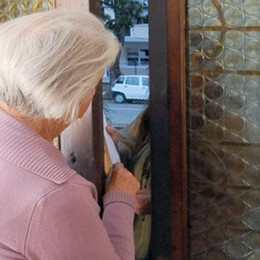 Turate, i truffatori del mercurio  Una pensionata li mette in fuga