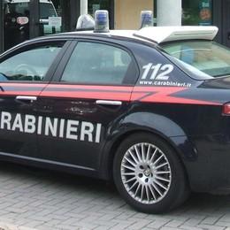 «Siamo carabinieri»  E truffano l'anziano
