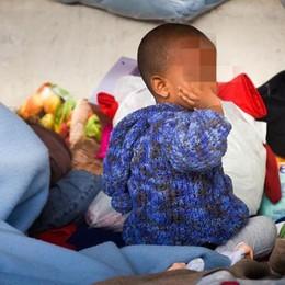 Bambini in fuga senza genitori  A cacciarli di casa è la guerra