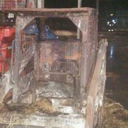 Corrido, incendio al fienile  Terza intimidazione ai sindaci