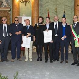 Abbondini d'Oro  I comaschi esemplari  premiati a Villa Olmo