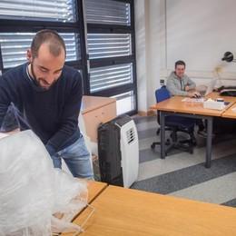 Politecnico, via gli ultimi ricercatori  Aule e uffici vuoti: trasloco a Milano
