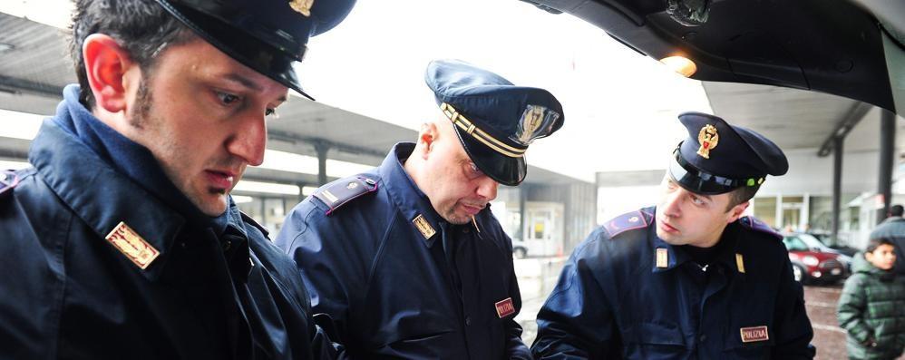 Guida l'auto senza patente Multa da 10mila euro
