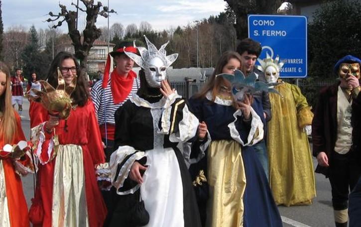 Il Carnevale a Drezzo e Parè  Sfilata e tre giornate di festa
