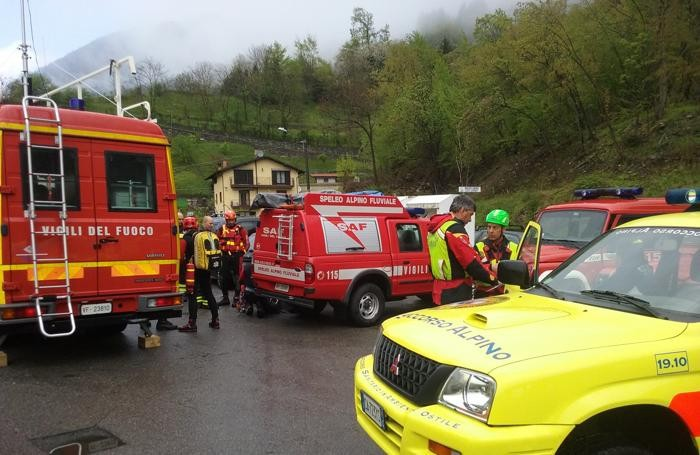 Le squadre di soccorso impegnate questa mattina