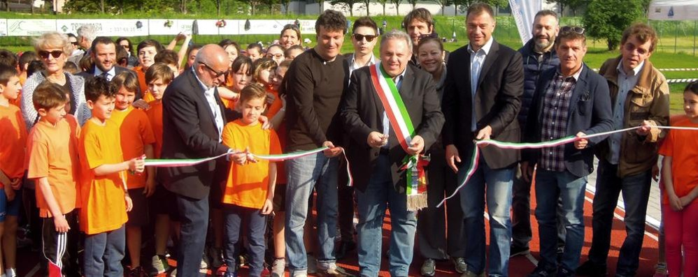 Inaugurata a Canzo  la nuova pista di atletica