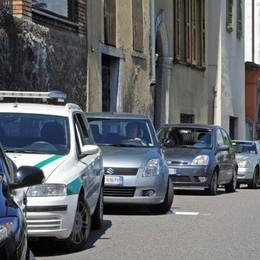 Gravedona-Como in due ore  Il sindaco:  «Stop ai cantieri d'estate»