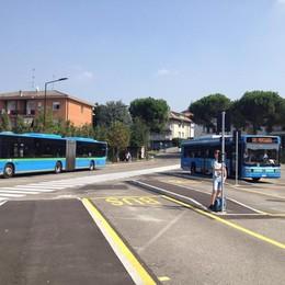 Autobus pieni e capolinea lontano  Cantù, l'anno scolastico è iniziato in salita