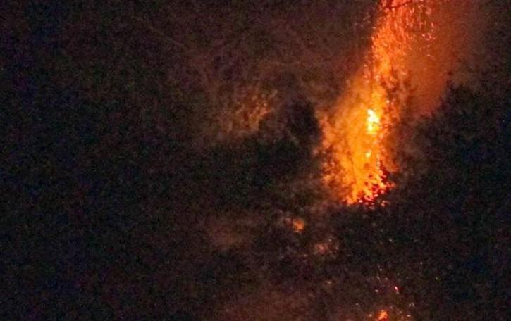 Incendio a Porlezza per i botti  Ma Capodanno senza feriti