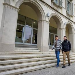 Politecnico, Beffa studenti  Como li ospita e studiano a Milano