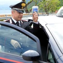Ruba un'auto e sperona gli inseguitori  Guanzatese arrestato a Lecco