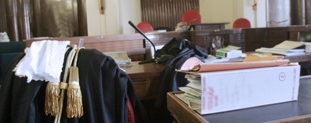 Rapine a ristoranti e negozi a processo un uomo di carugo for Negozi arredamento cantu
