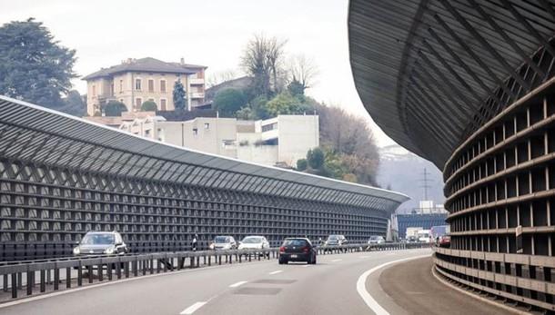 Inquinamento dell'aria  In Ticino a 80 all'ora