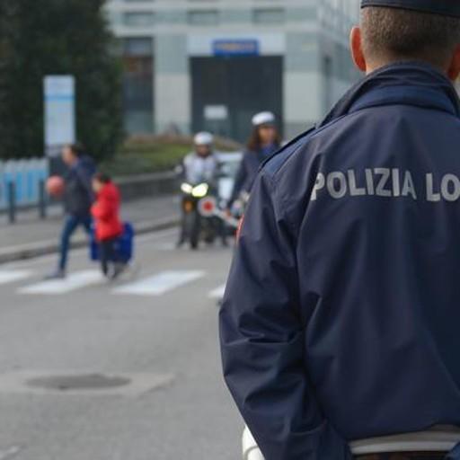Investita in viale Varese  Donna in gravi condizioni