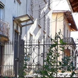 De Amicis a tre mesi dalla chiusura  Il degrado del collegio di Cantù