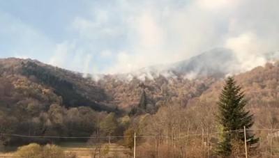 Veleso, il fuoco lunedì pomeriggio