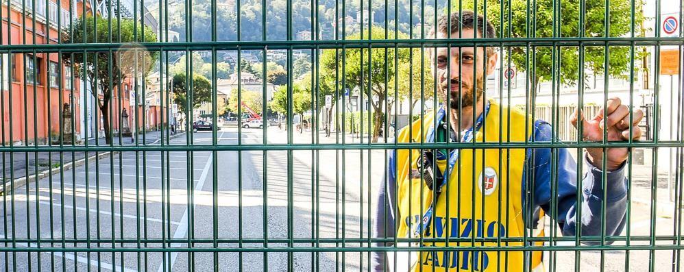 «Scontri tra ultras allo stadio  Ecco il perché delle barriere»