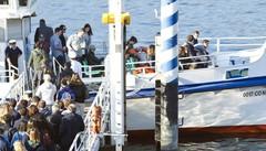 Battello a centro lago  fino all'Epifania   Una spinta al turismo