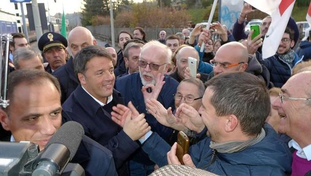 Renzi va veloce  «Turismo e ricerca  nel futuro di Como»