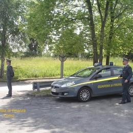 Colverde, fermati dopo la fuga Scoperti 8 chili di droga