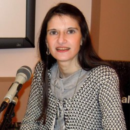 Erba piange Veronica Fallini  Poetessa, insegnante e giornalista