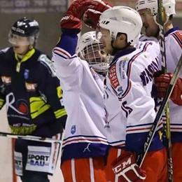 L' Hockey Como vince  e aggancia l' Alleghe