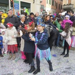 CANTU - PRIMA SFILATA CARRI DI CARNEVALE 2017