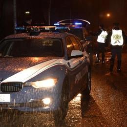 LA POLIZIA INSEGUE I LADRI A COLICO  CORPO A CORPO: MORTO UN AGENTE