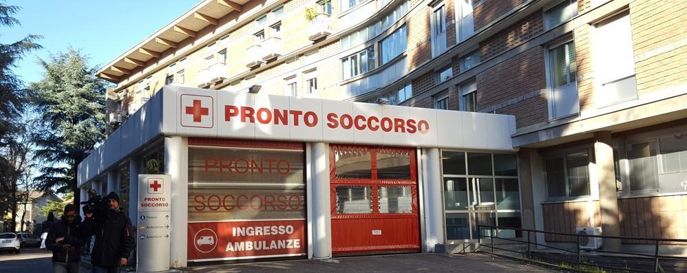 Morti Saronno, la Procura:  «Arrestate anche il primario»