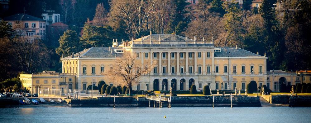 Villa Olmo, si parte (in ritardo)  Parco chiuso per un anno