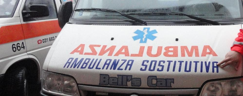 Incidente fra auto e moto Un ferito a  Nesso