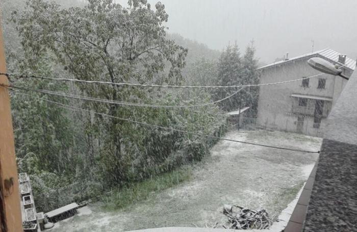 Nevicata a Schignano venerdì mattina