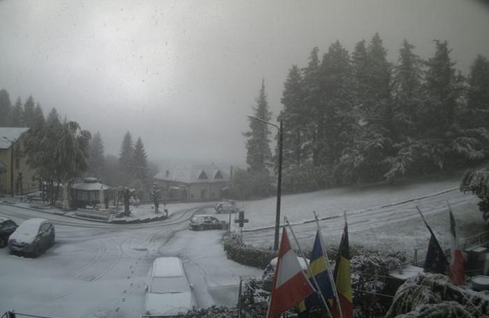 brunate san maurizio neve venerdì mattina alle 7.30
