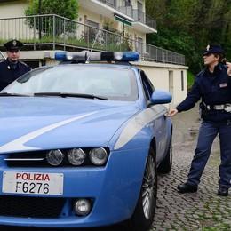 Rissa fra tre giovani in via Milano: un ferito