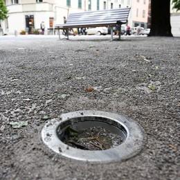 Piazza Roma già sfregiata dai vandali  Rotte tutte le lampade
