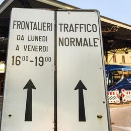 Nonostante le polemiche  frontalieri in aumento  Più 0,5% in quattro mesi
