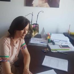 Irina firma la richiesta di demolizione  Cucciago, primo passo per il palazzetto