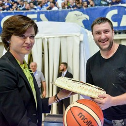 «Pieno sostegno ai Gerasimenko» Lo firmano i soci, Tic e gli Eagles