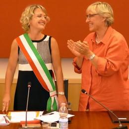 Erba, il giuramento di Veronica Airoldi  «Aiutatemi a diventare il sindaco di tutti»