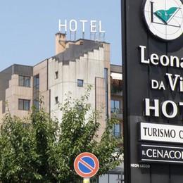 Quadro elettrico in fiamme  all'hotel Leonardo da Vinci