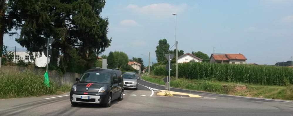 Provinciale riaperta dopo tre mesi  Tra Bulgaro e Appiano Gentile