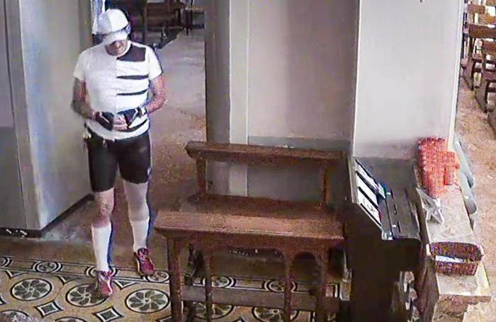 Uggiate Trevano furto in chiesa a Somazzo