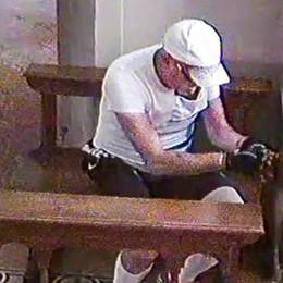 """Somazzo, il furto nel santuario  Ecco il """"ladro"""" ciclista in azione"""