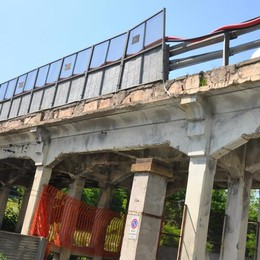 Cantù Asnago, lavori estivi al ponte  «Sarà più resistente, basta divieti»