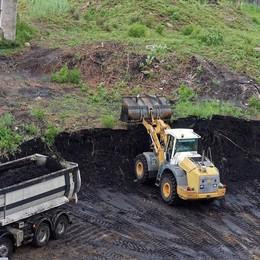 Rimossi i terreni della ex fonderia Falck  Dongo «Sotto non c'è traccia di alluminio»